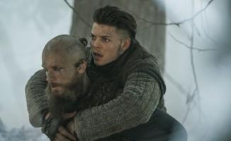 Ragnar Lothbrok'un lanetlendiği için engelli doğan çocuğu İvar